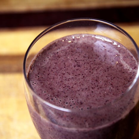 Healthy Smoothie Recipes: Blueberry, Kale & Pineapple