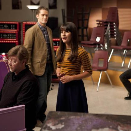 Recap of Glee Season Three Premiere Episode The Purple Piano Project