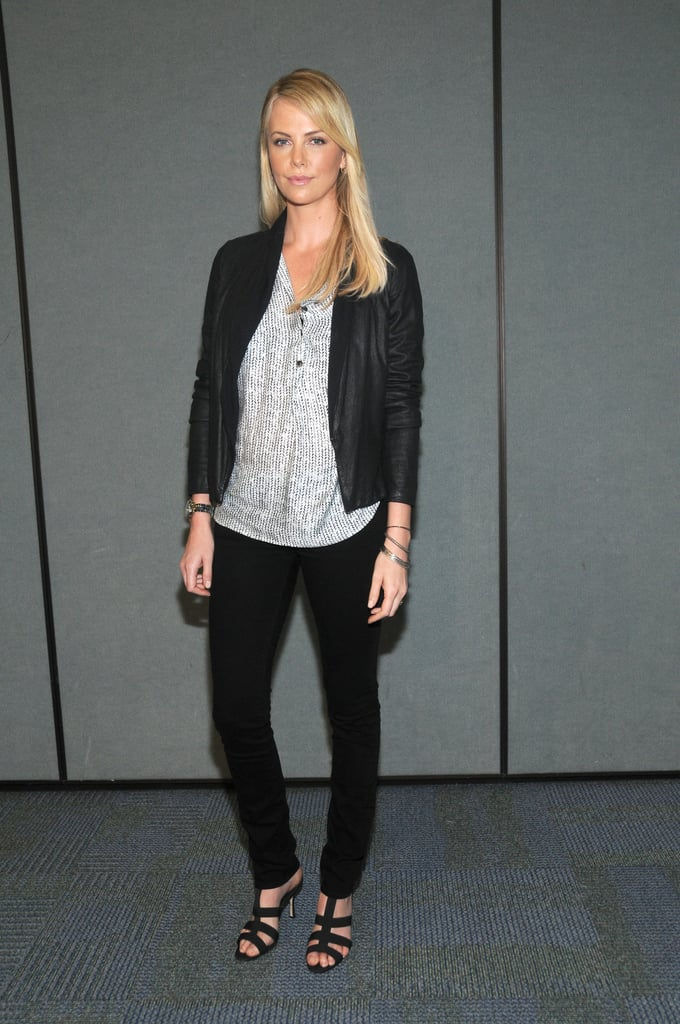 For her WonderCon 2012 appearance, she channeled low-key style in J Brand jeans, a printed Thakoon top, and leather topper.