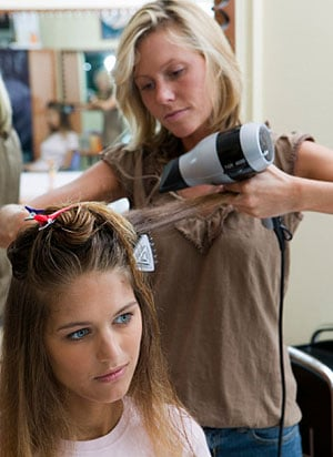 Do You Tip Your Beauty Technicians For the Holidays?