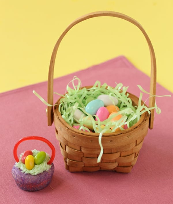 Turn a traditional easter basket into a mini edible cupcake turn a traditional easter basket into a mini edible cupcake everything from the handles to negle Gallery