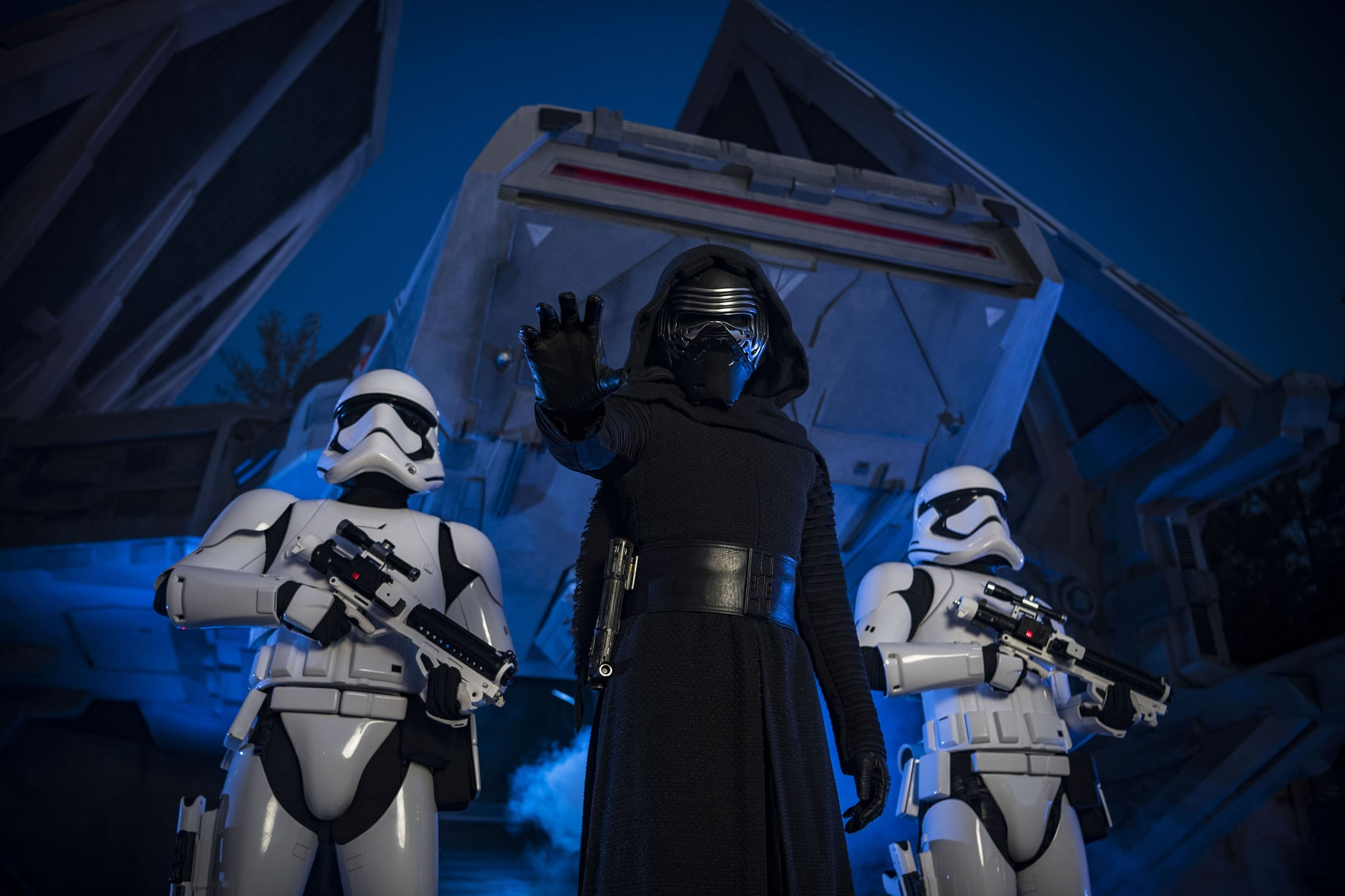 What Happens On The Rise Of The Resistance Ride Here S What Visitors Need To Know About The New Star Wars Rise Of The Resistance Ride Popsugar Family Photo 3