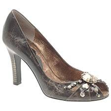 Online Sale Alert! 15% Off and Free Shipping at Nine West