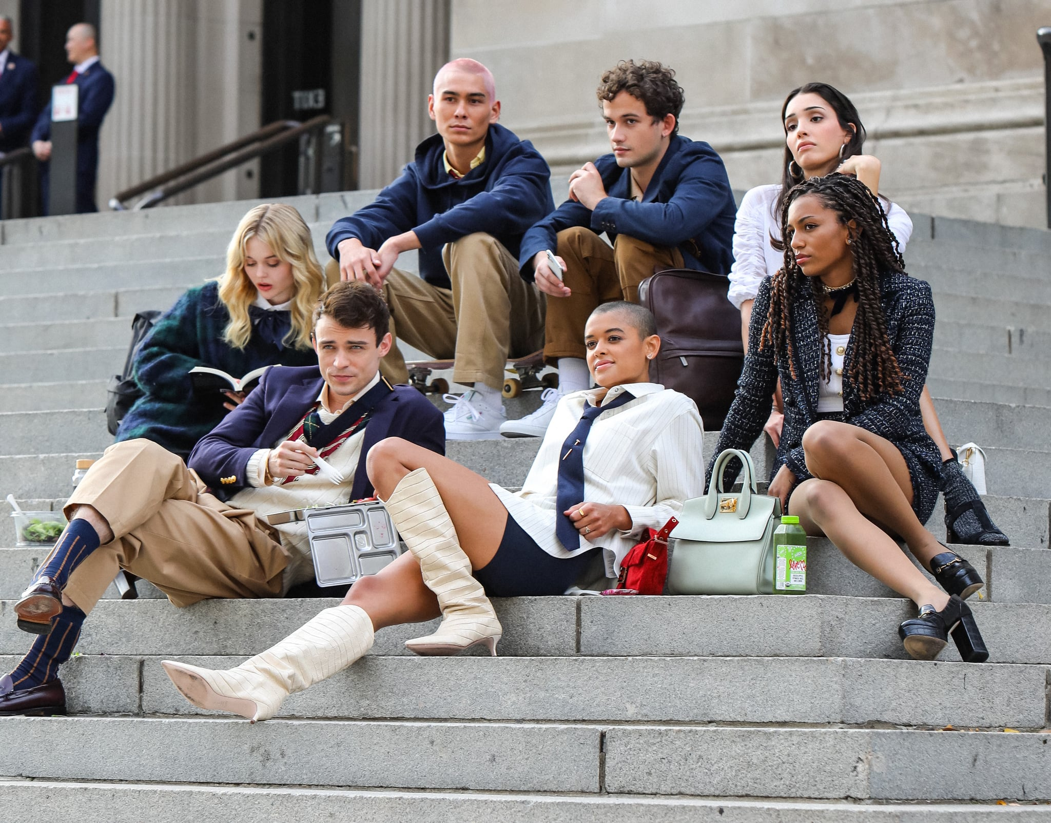 NEW YORK, NY - NOVEMBER 10: Evan Mock, Emily Alyn Lind, Thomas Doherty, Eli Brown, Jordan Alexander, Zion Moreno and Savannah Lee Smith are seen at the film set of the 'Gossip Girl' TV Series on November 10, 2020 in New York City.  (Photo by Jose Perez/Bauer-Griffin/GC Images)