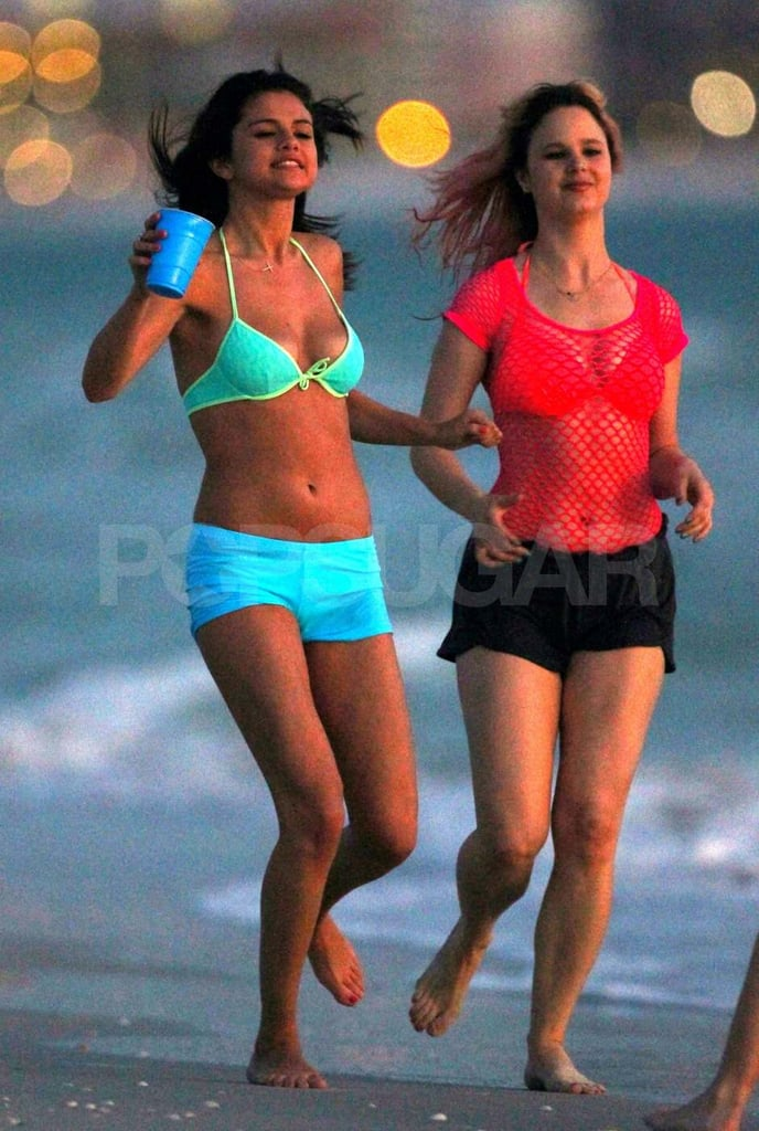 Selena Gomez and Vanessa Hudgens Bikini Pictures