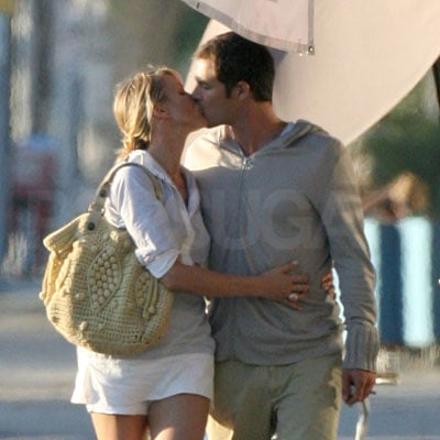 Cameron Diaz and Paul Sculfor Kiss!