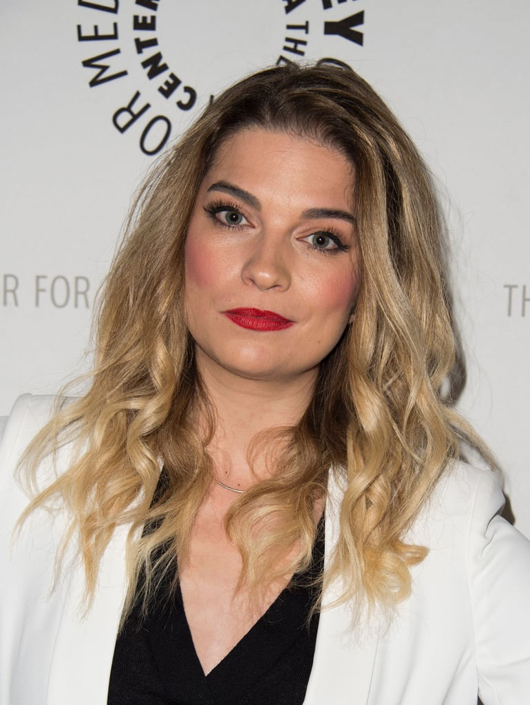 Annie Murphy's Rosy Cheeks at a 2016 Paley Centre Event
