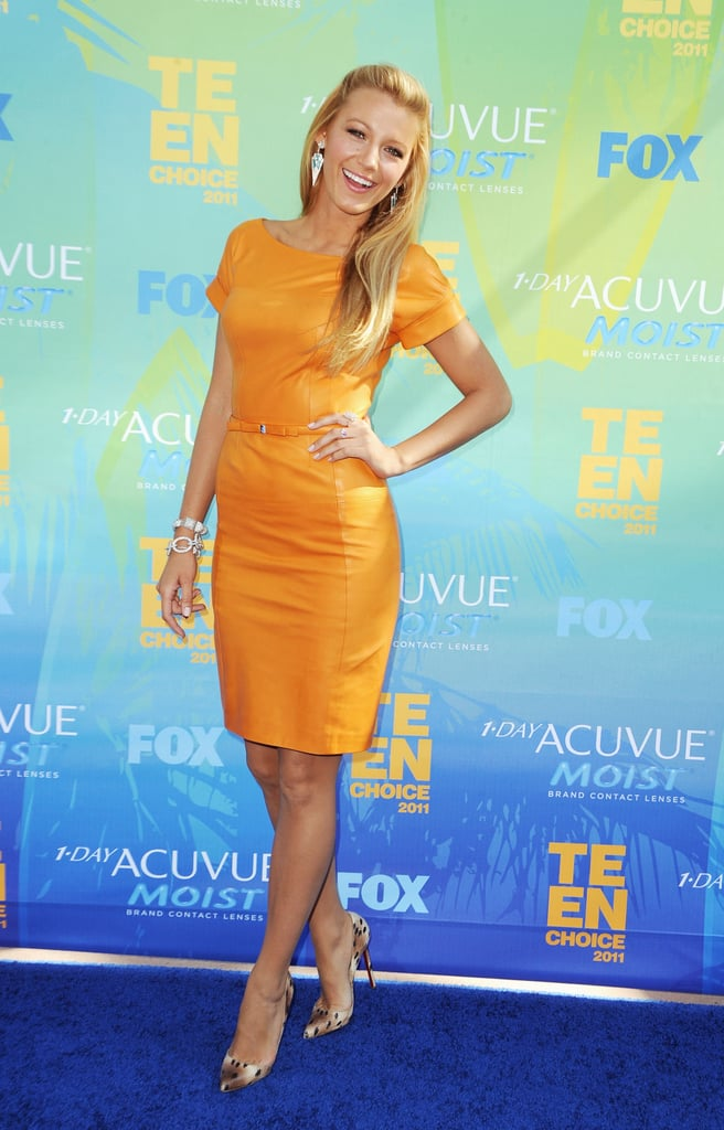 Blake Lively played up her golden Summer tan and blond locks in a similarly hued leather Gucci dress and leopard-print Louboutin stilettos at tonight's Teen Choice Awards in LA. She's been on the West Coast filming Gossip Girl, but took a break from work to step out for her latest award show. Blake arrived solo on the blue carpet; however, recently she was spotted on a romantic bike ride alongside boyfriend, Leonardo DiCaprio, in NYC. She's nominated in two categories tonight: one for her dramatic role in Gossip Girl and the other for her sci-fi/fantasy part in this Summer's Green Lantern — stay tuned for more updates and don't forget to vote on all of Fab and Bella's fashion and beauty polls!