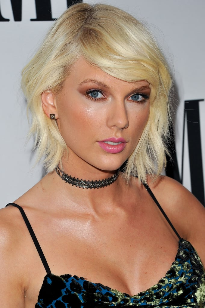 Taylor Swift's Bleached Blond Short Hair in 2016