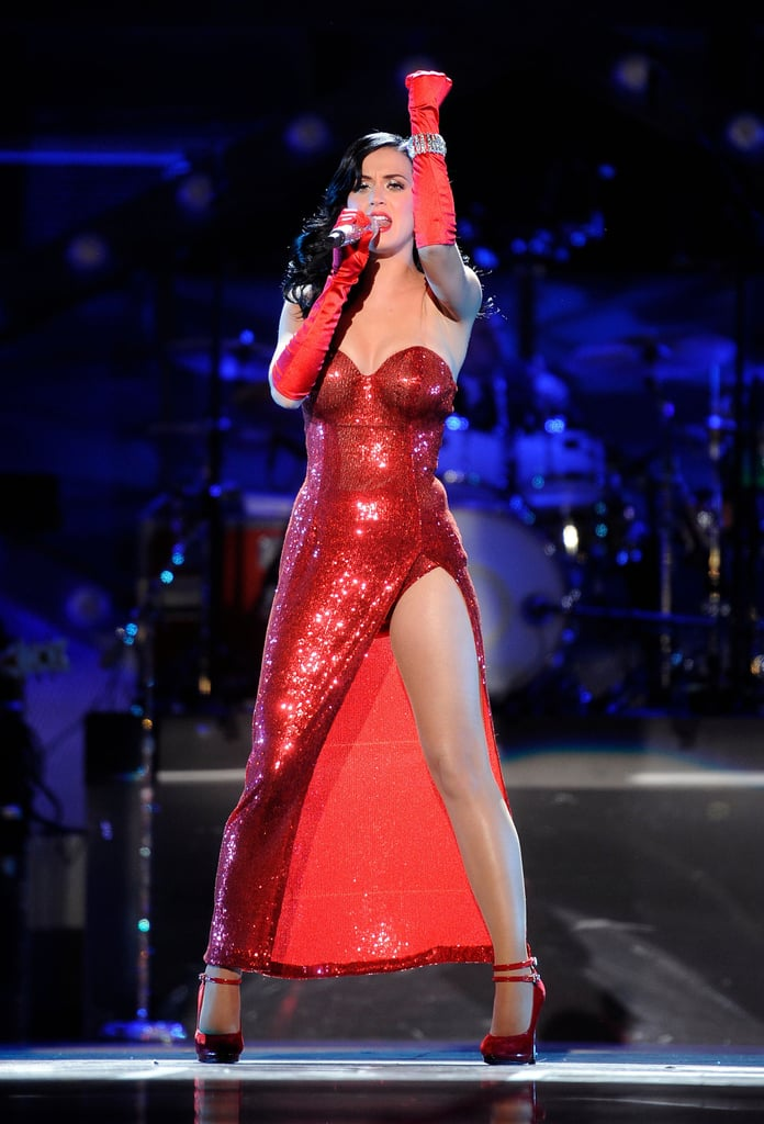 Katy Perry Gets The Christmas Spirit In These Fun, Crazy On Stage Costumes!