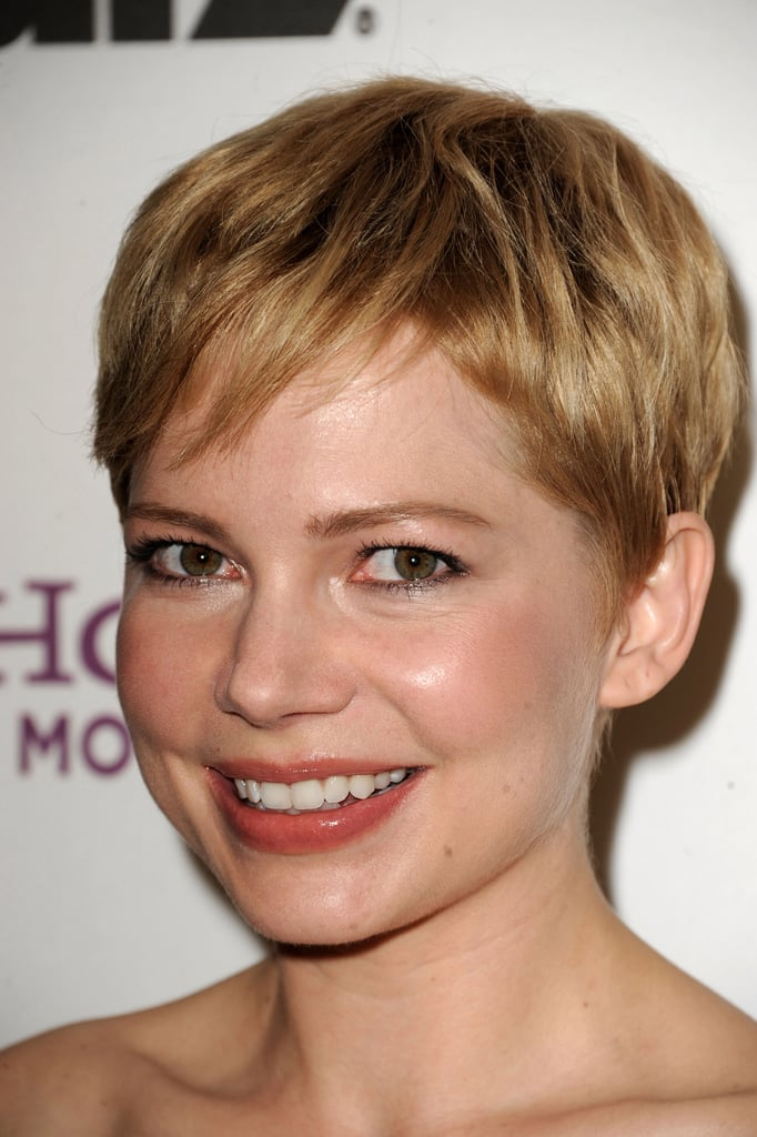 Michelle Williams backstage at the 2011 Hollywood Film Awards Gala.
