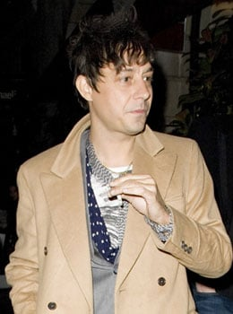 Kate Moss's Boyfriend Jamie Hince Has Gone Missing, The Kills Bandmate Allison Mosshart Putting Out Pleas To Find Him