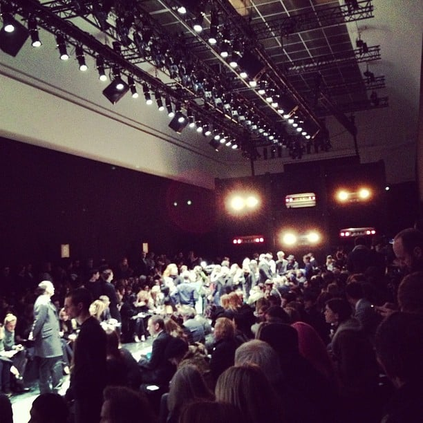 Carven's preshow ambience was buzzing with excitement.