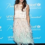 For the eighth annual UNICEF Snowflake Ball, SJP's seafoam and white ostrich-feathered Louis Vuitton ensemble, complete with white pointed pumps, could not have been more perfect.