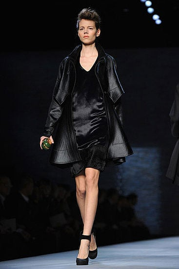 Photos of Fendi Autumn 2010 at Milan Fashion Week 2010-02-25 16:06:33