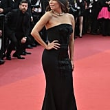 Eva Longoria Looked Back at It, Showing Off Her Curves