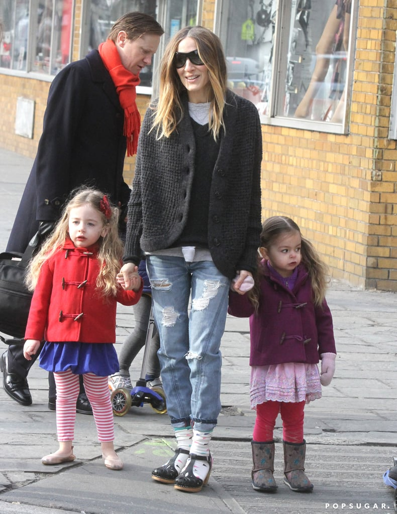 Sarah Jessica Parker took her twins, Tabitha and Loretta, for a stroll in NYC.