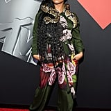 H.E.R. Wearing a Snake on the MTV VMAs Red Carpet