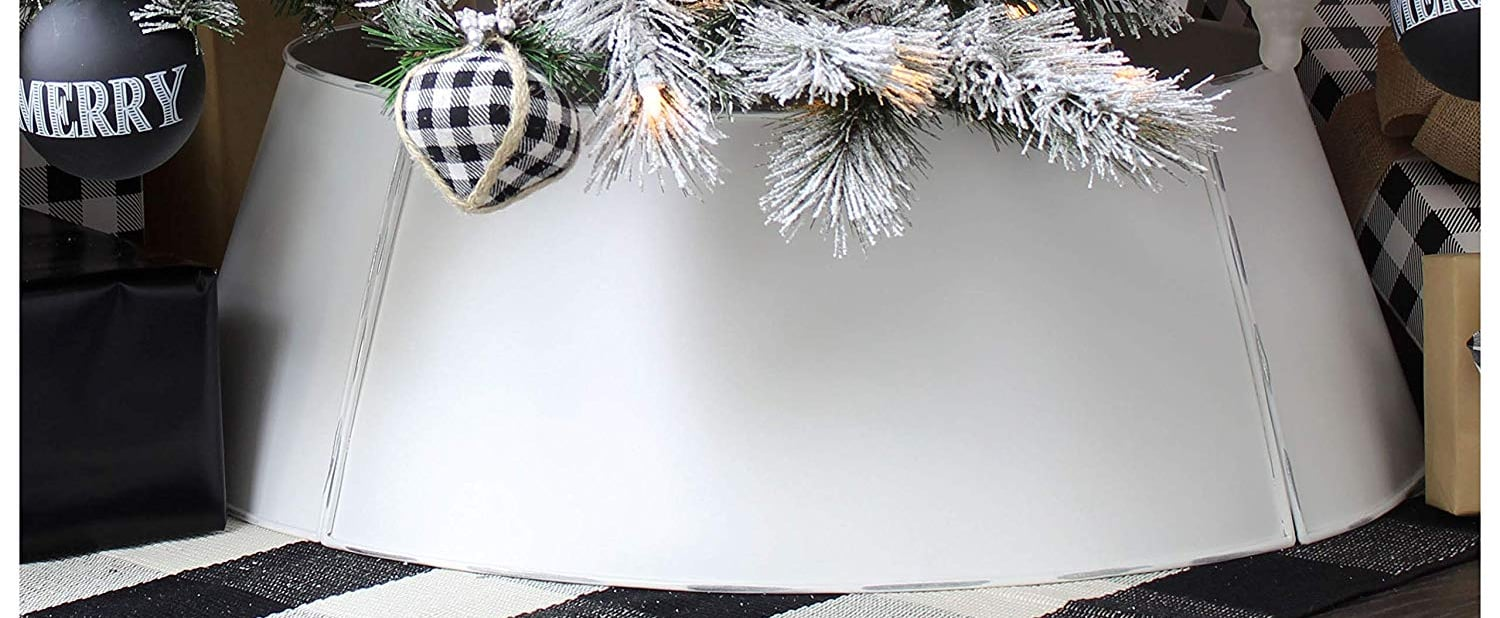 Tired of Christmas Tree Skirts? Try a Collar Instead