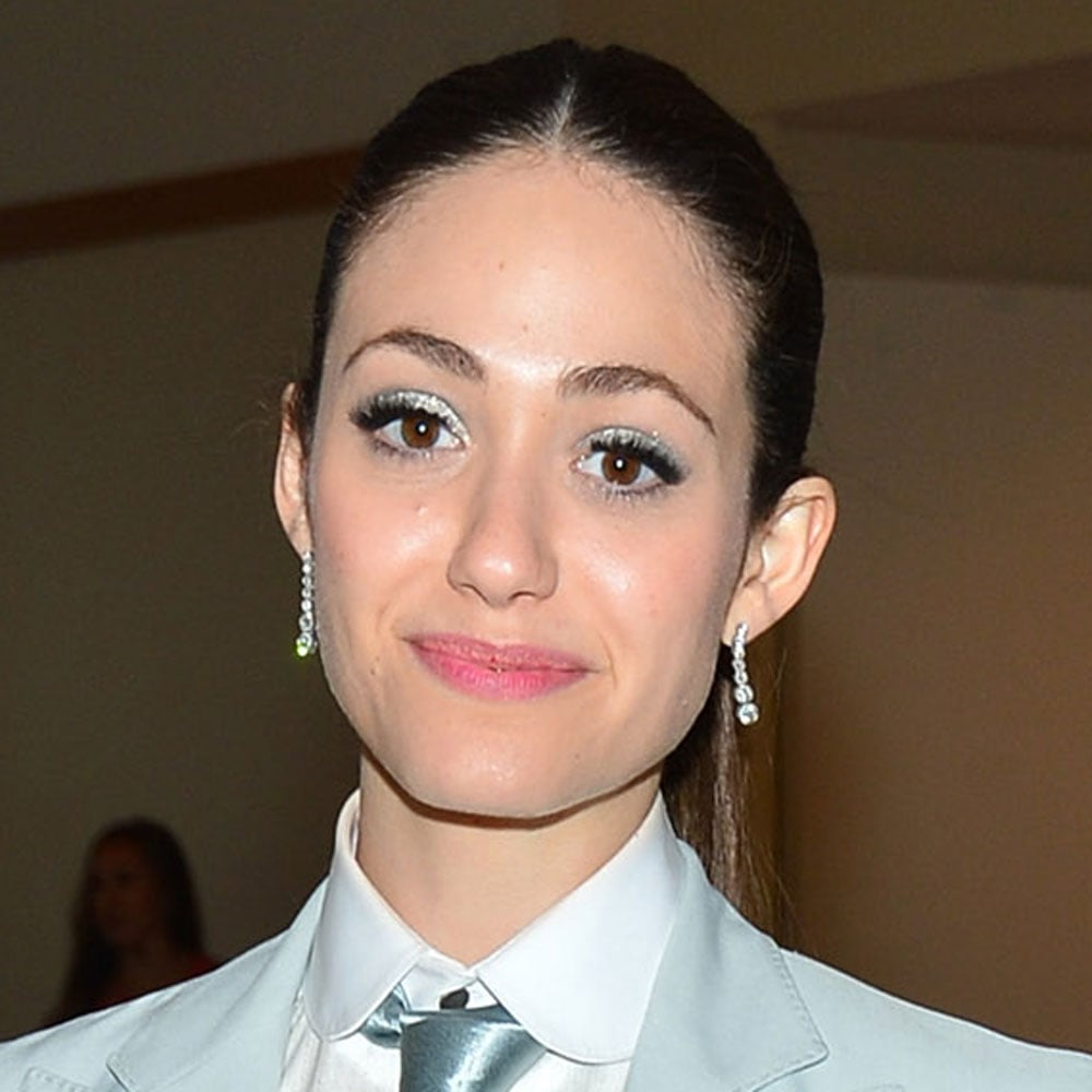 We loved Emmy Rossum's cool blue eyeshadow and pink tinted lip.