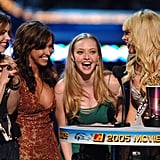 Rachel accepted an award at the MTV Movie Awards with the rest of the Mean Girls cast in 2005.