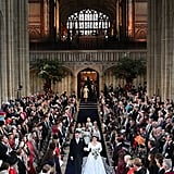 غالباً ما تكون التكلفة كبيرةً في حفلات الزفاف الملكيّة، وعادة ما تدفع العائلة المالكة معظم المبلغ؛ بما في ذلك الخدمة، والاستقبال، والزهور، والموسيقى، والزينة. أمّا النّاحية التي لا تغطيها العائلة الملكيّة، فهي التكلفة الأمنّية حيث يتم تغطيتها من مال دافعي الضرائب، وقد قُدّرت بنحو مليوني دولار في زفاف يوجيني وجاك. هذا ليس رقماً قليلاً بالطّبع، لكن سيسهل عليكِ استيعابه بالتأكيد إذا ما قورن بفاتورة هاري وميغان التي بلغت 41$ مليون دولار.