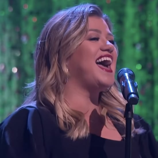 Kelly Clarkson Sings a Christmas Cover on Her Show | Video