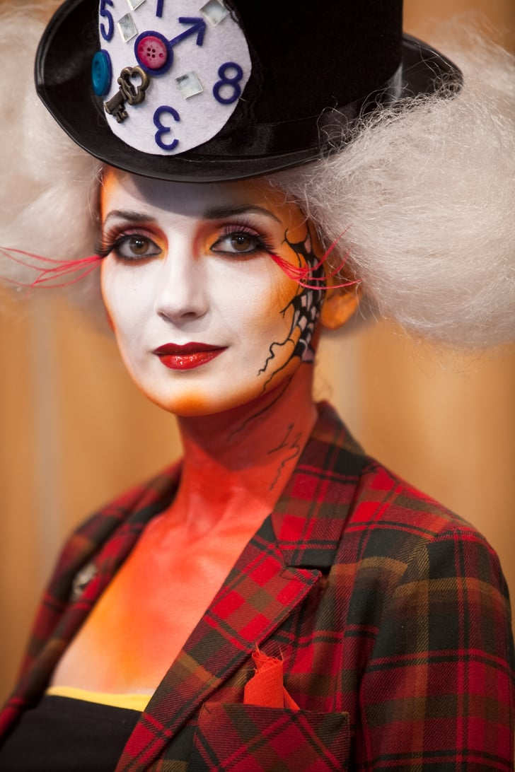 share this link copy with the wrong halloween makeup