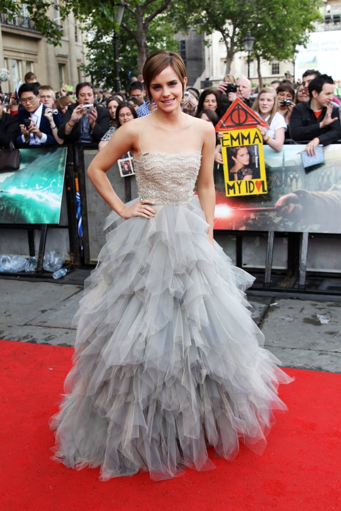Emma Watson arrived at today's London premiere of Harry Potter and the Deathly Hallows Part 2 in a stunning floor-length Oscar de la Renta gown. It's the eighth and final installment in the series, and the entire cast turned out to bid farewell to fans, many of whom have been camped out for days in Trafalgar Square just to get a glimpse of Emma and her costars Daniel Radcliffe, Rupert Grint, and Tom Felton. It's a big week for Emma with the film opening in the UK today. She's heading back to the States next week for Monday night's NYC premiere where we'll be streaming LIVE from the red carpet. The fun doesn't stop there for the cast with Emma expected to sit down with David Letterman on The Late Show Monday and Live With Regis and Kelly on Tuesday. Stay tuned for more coverage from the world premiere of Harry Potter!