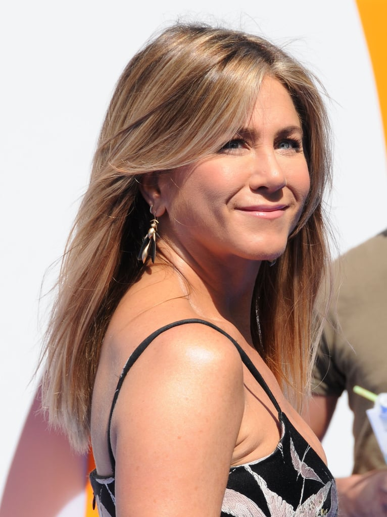 Jennifer Aniston Valentino Dress at LA Storks Premiere ...