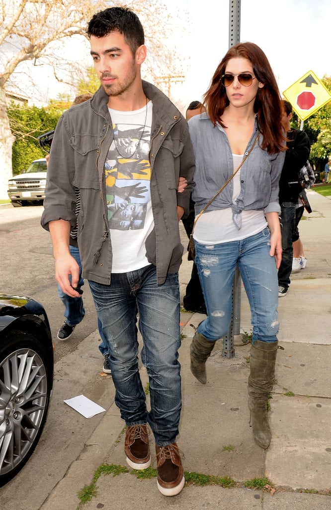Ashley Greene and Joe Jonas went for lunch at Real Food Daily in LA yesterday. The couple celebrated Ashley's birthday last weekend with a big party. The Teen Vogue covergirl has been back in her fitness routine ahead of Sunday's Oscars, and at least one of her Twilight buddies might be there, as will PopSugar US! Joe's been doing his own thing too, enjoying New York Fashion Week with Zac Efron and Kellan Lutz, plus Super Bowl parties.