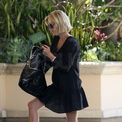 Reese Witherspoon Arriving at the Four Seasons