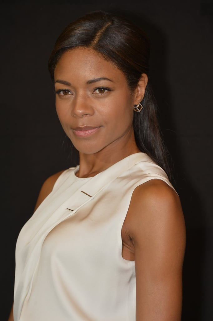 Naomie Harris also attended the Giorgio Armani Privé presentation with flawless skin and a basic low ponytail style.
