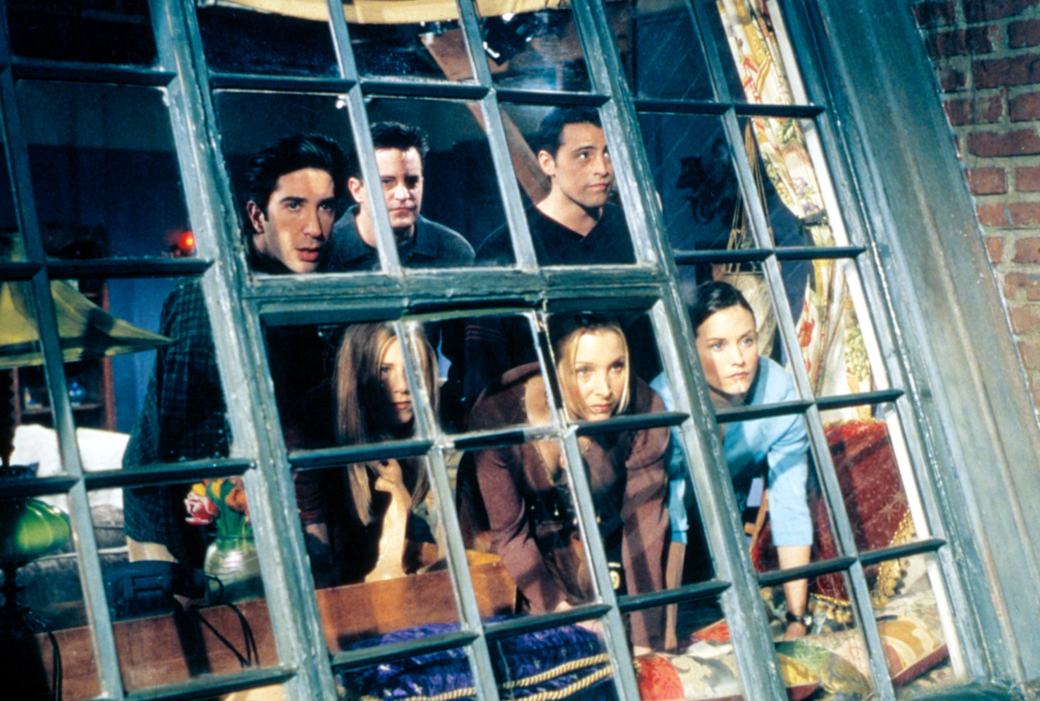 FRIENDS, David Schwimmer, Matthew Perry, Matt LeBlanc, Jennifer Aniston, Lisa Kudrow, Courteney Cox, 'The One Where Everybody Finds Out', Season 5, ep. 14, 1994-2004,  Warner Bros. / Courtesy: Everett Collection
