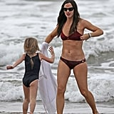 Jennifer Garner Reveals Her Amazing Bikini Body on the Beach!