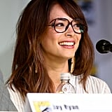 While on the panel for Beauty and the Beast, Kristin Kreuk showed off an adorable way to wear makeup with your glasses.