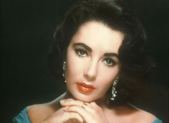 Remembering Elizabeth Taylor: Pictures and Biography 2011-03-23 13:18:38
