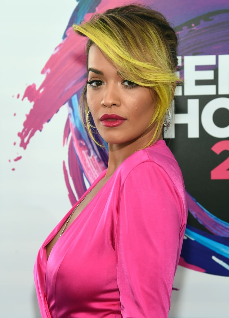 Rita Ora's Neon Hair Is the Highlight(er) of the Teen Choice Awards Carpet