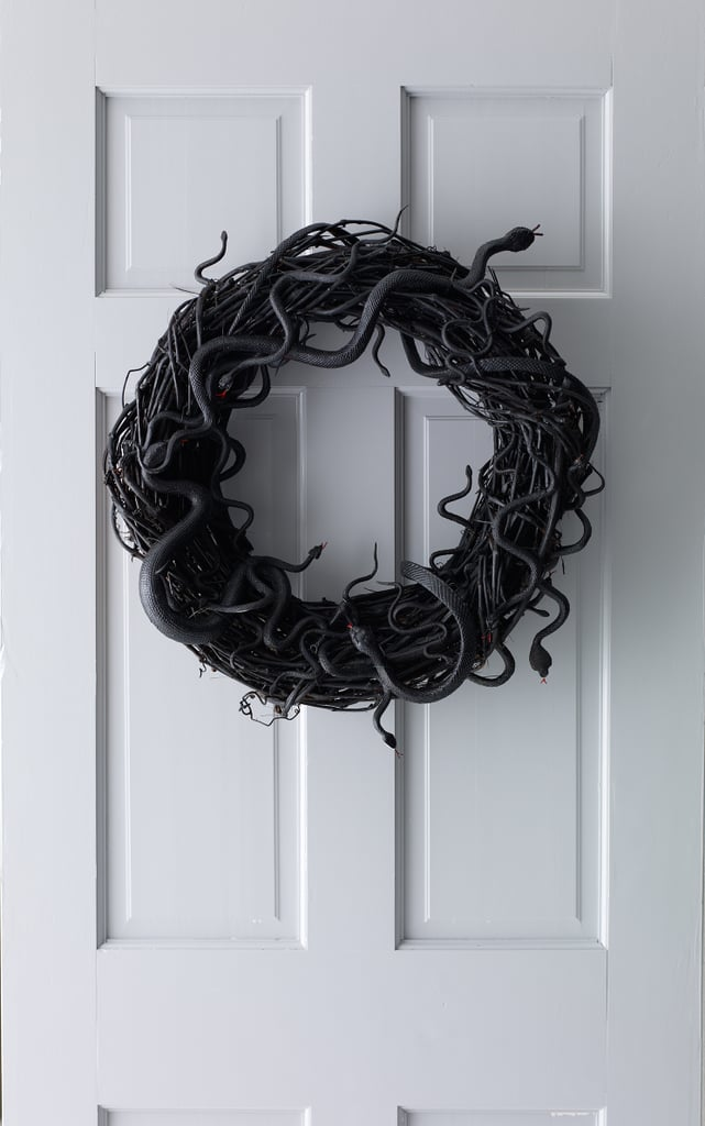 Wriggling Snake Wreath