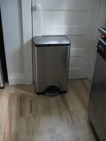 Recipe For Clean: Garbage Can Deodorizer