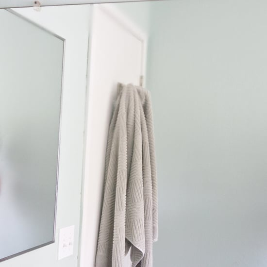 How to Defog Mirrors