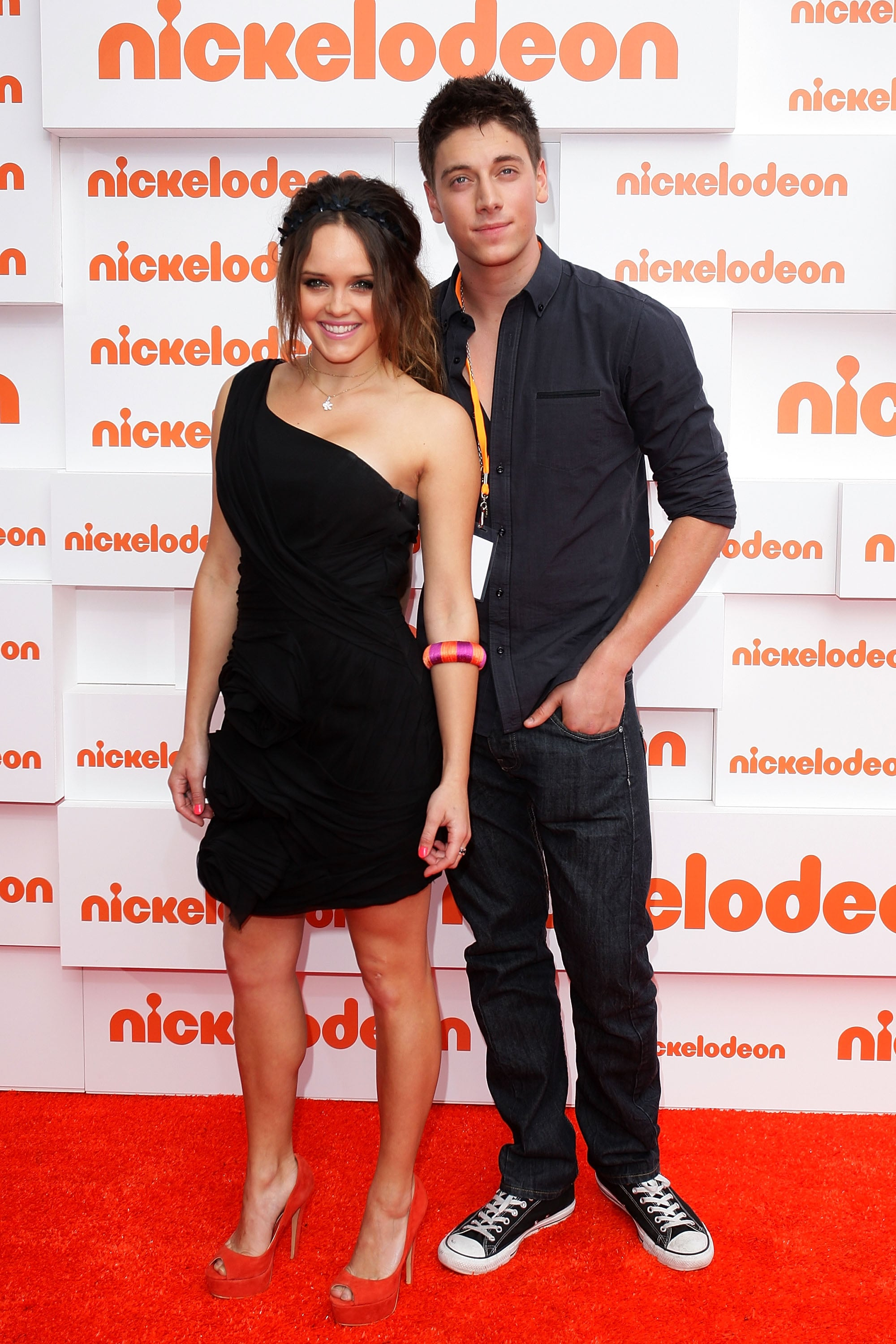Rebecca Breeds and Lincoln Younes