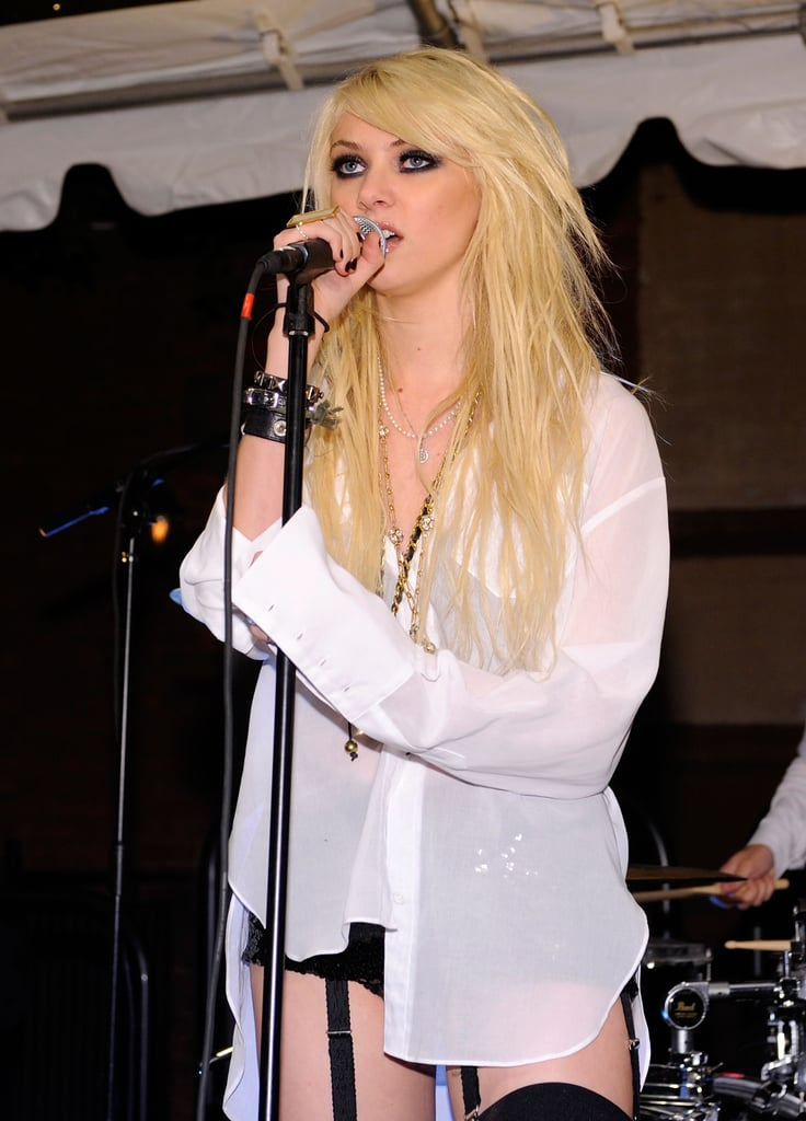 Taylor Momsen performing with her band at the Teen Vogue party