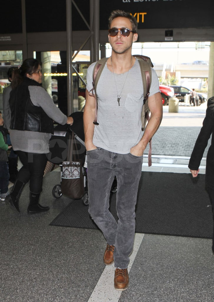 15dd878ec3 Ryan Gosling looked hot in sunglasses as he arrived at LAX yesterday. He  was catching