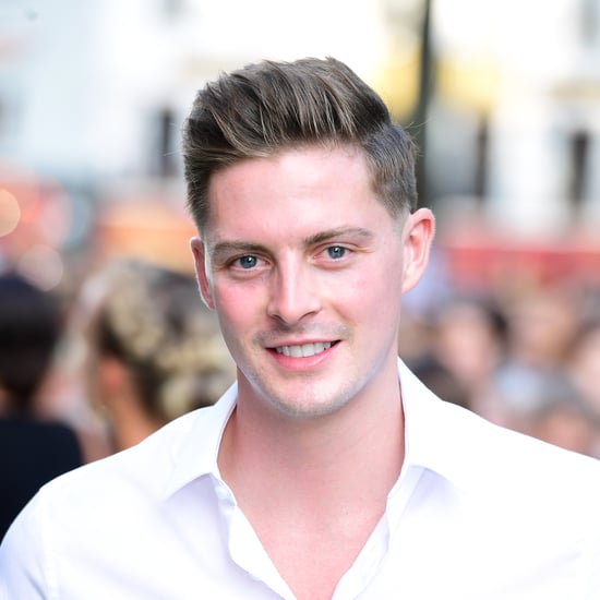 Dr Alex Reminds Us to Be Kind Online During Love Island