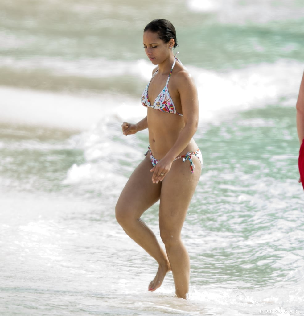 Alicia Keys wore a bikini in the Bahamas.