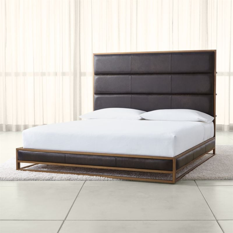 Jafar: Oxford Leather King Bed