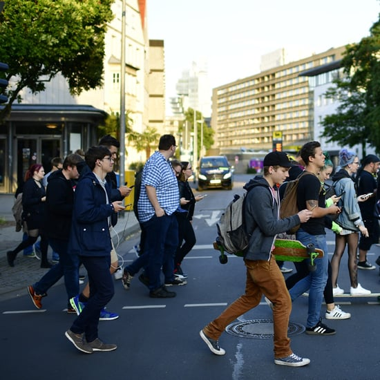 Pokemon Go Trainers Stampede to Catch a Snorlax