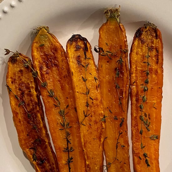 Chrissy Teigen's Thyme Roasted Carrots Recipe