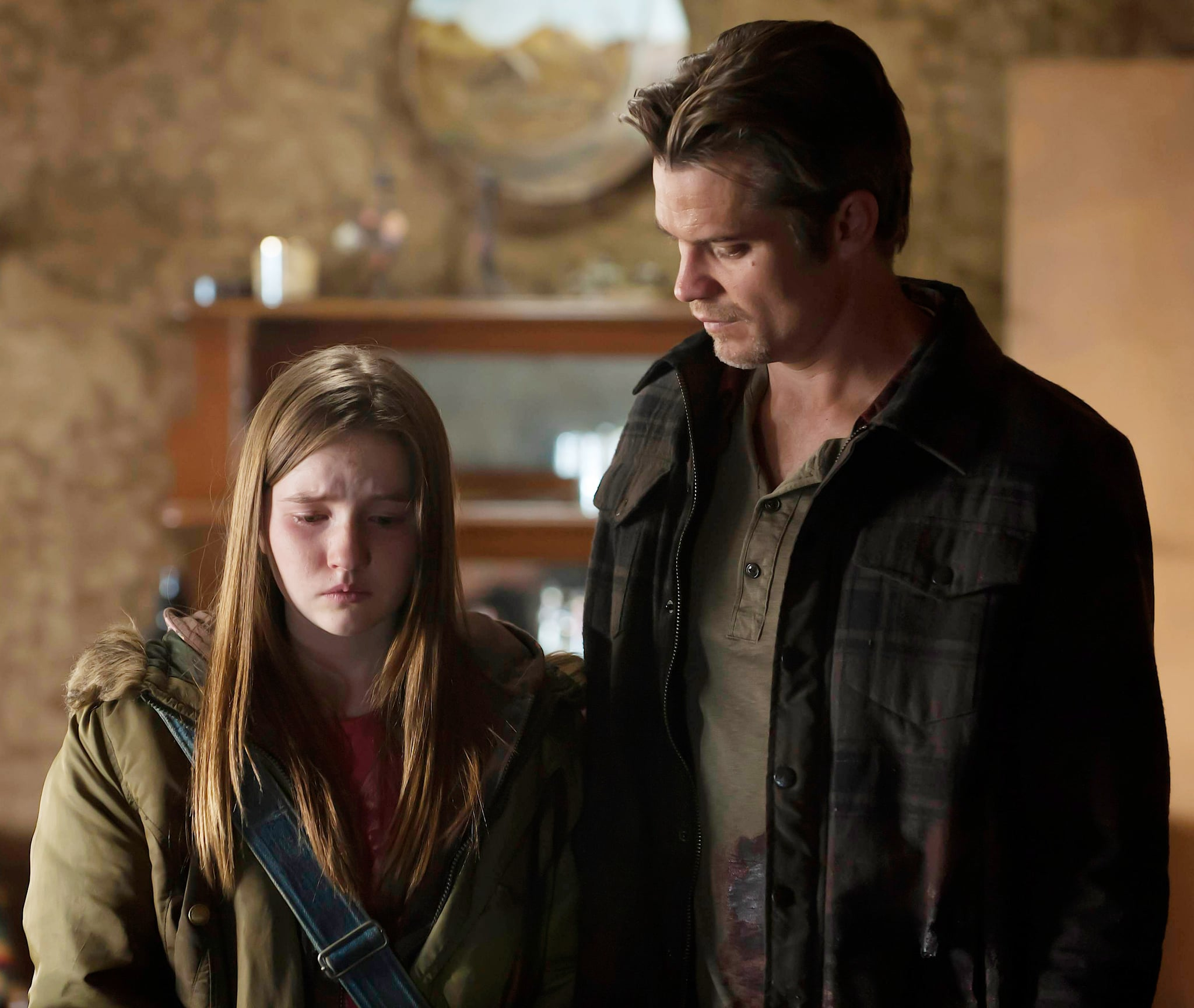 JUSTIFIED, (from left): Kaitlyn Dever, Timothy Olyphant, 'Bloody Harlan', (Season 2, ep. 213, aired May 4, 2011), 2010-. photo: Prashant Gupta /  FX Network / Courtesy: Everett Collection